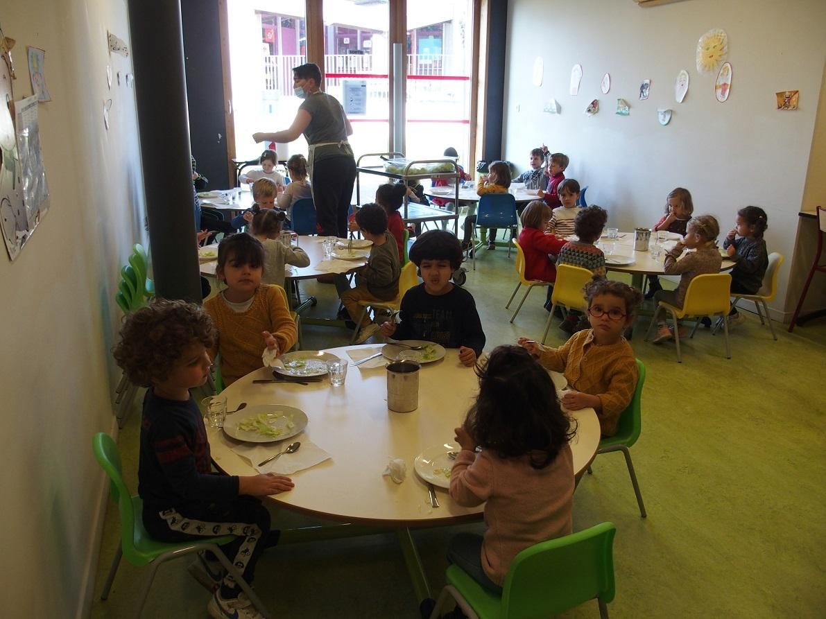 Cantine maternelle